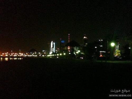 منظر لعاصمة الكويت في الليل