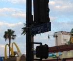 حي هوليوود كما يظهر في هذي اللوحة الإعلانية
