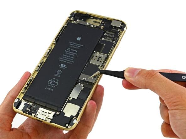 l-iphone-6-plus-a-coeur-ouvert-revele-une-batterie-de-2915-mah_2